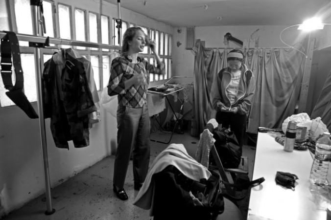 """""""El cuarto de las mujeres"""", abans de sortir a escena."""