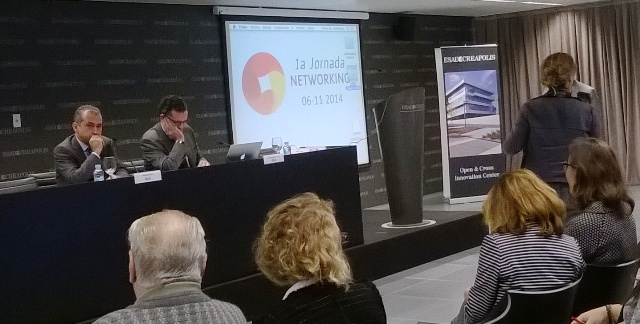 Xavier Riba, president del Gremi de Recuperació, i Josep Maria Tost, director de l'Agència de Residus de Catalunya, durant la jornada.